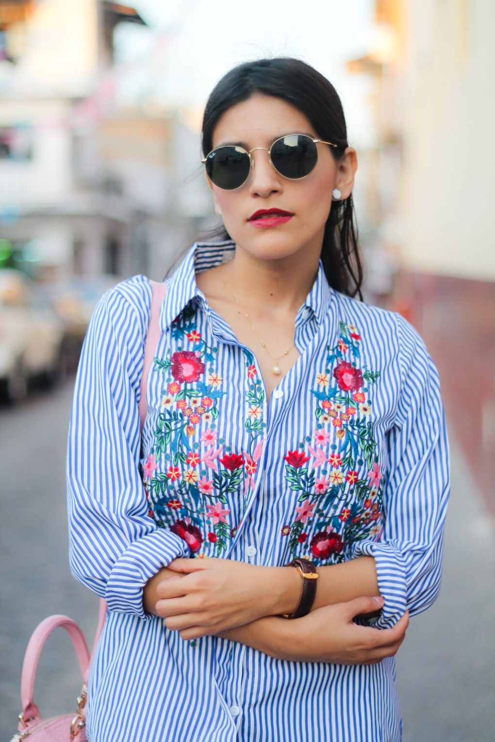 blogger-mexicana-she-petite-dulce-partida-mexican-blogger-dulcepart-chicwish-flowers-shirt-stripes-shirt-casual-look-nike-cortez-9.jpg