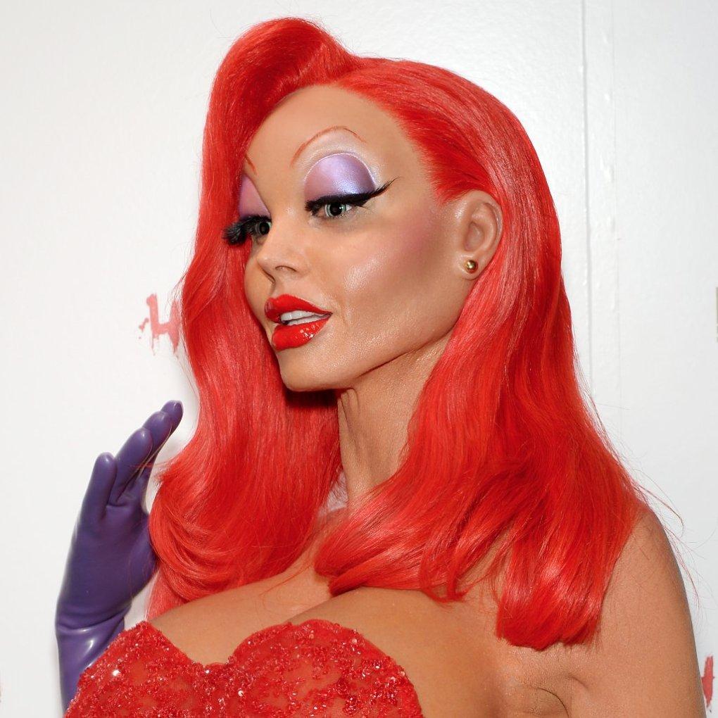 Heidi-Klum-Jessica-Rabbit-Halloween-Transformation.png